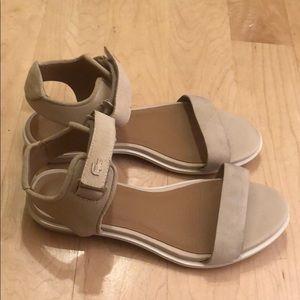 Lacoste Velcro Strap Sandals